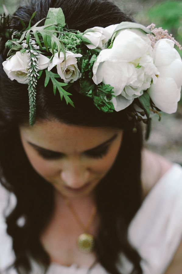 white peony floral crown by Spring Sweet http://www.weddingchicks.com/2013/08/23/woodland-wedding-inspiration/