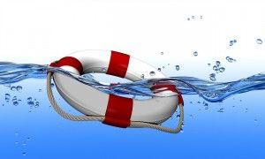 Peuter survivalzwemmen of overlevingszwemmen:  In een waterrijk land als Nederland is het een must dat je kindje zich kan redden in water.