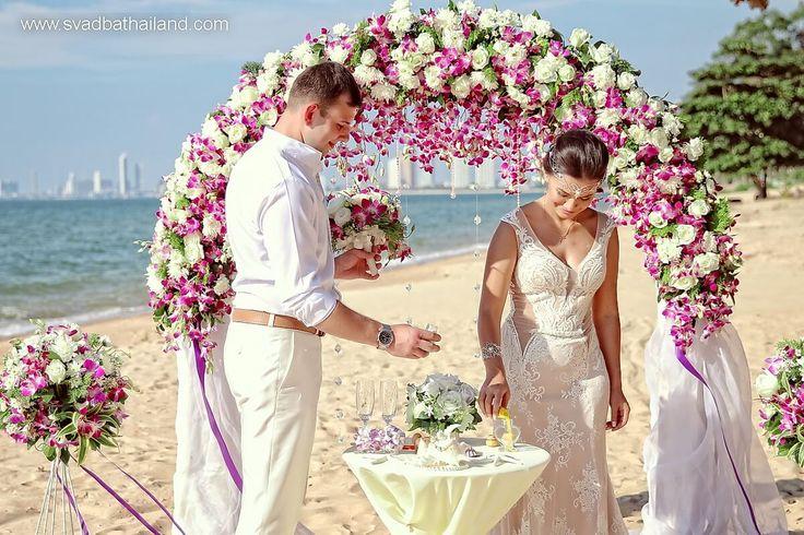 сыграть свадебную церемонию в Тайланде на пляже