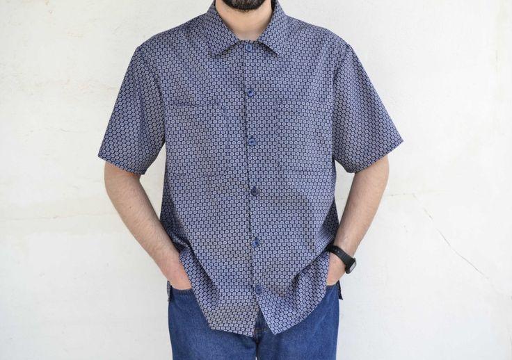 Τα κατάφερα! Έραψα το πρώτο μου πουκάμισο! Την εύκολη εκδοχή του βέβαια, αλλά δεν έχει σημασία, εγώ έραψα πουκάμισο!!! :D Μου πήρε αρκετό χρόνο για δύο λόγους: πρώτον γιατί ταυτόχρονα έραβα και άλλ…