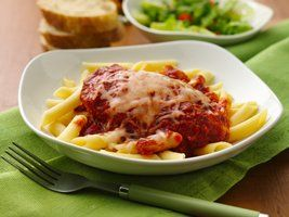 Slow Cooker Chicken Parmesan with Penne Pasta Recipe from Betty Crocker