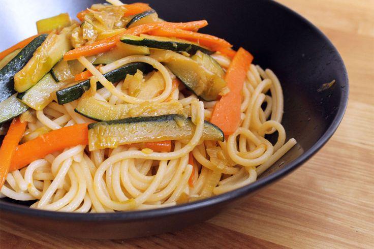 Spaghetti di Kamut con verdure e zenzero - Kamut spaghetti with vegetables and ginger #kamut #maincourse #primopiatto #vegetables #verdure #ginger #zenzero #healthy #recipe #ricetta