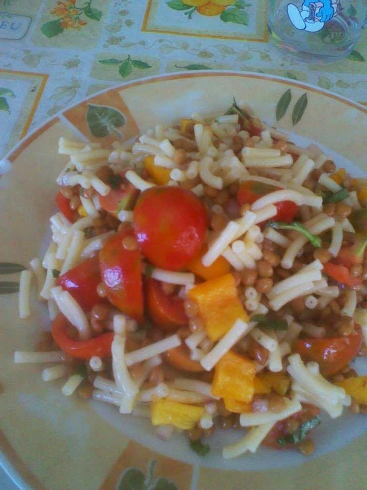 la cucina (imperfetta) di Claudia: Insalata di pasta e lenticchie  Un po' fa freddo, ...