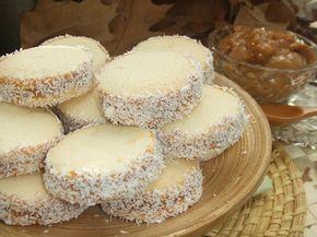 Alfajores de maicena argentinos. Ver la receta paso a paso http://www.mis-recetas.org/recetas/show/24602-alfajores-de-maicena-argentinos