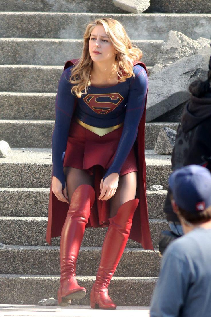 Melissa Benoist Films Supergirl Finale Scenes Of The Third -7355
