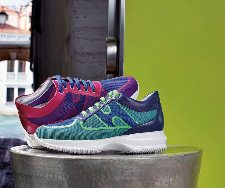 Two nifty Interactive sneakers in fluo colours from #HOGAN for urban lifestyle.