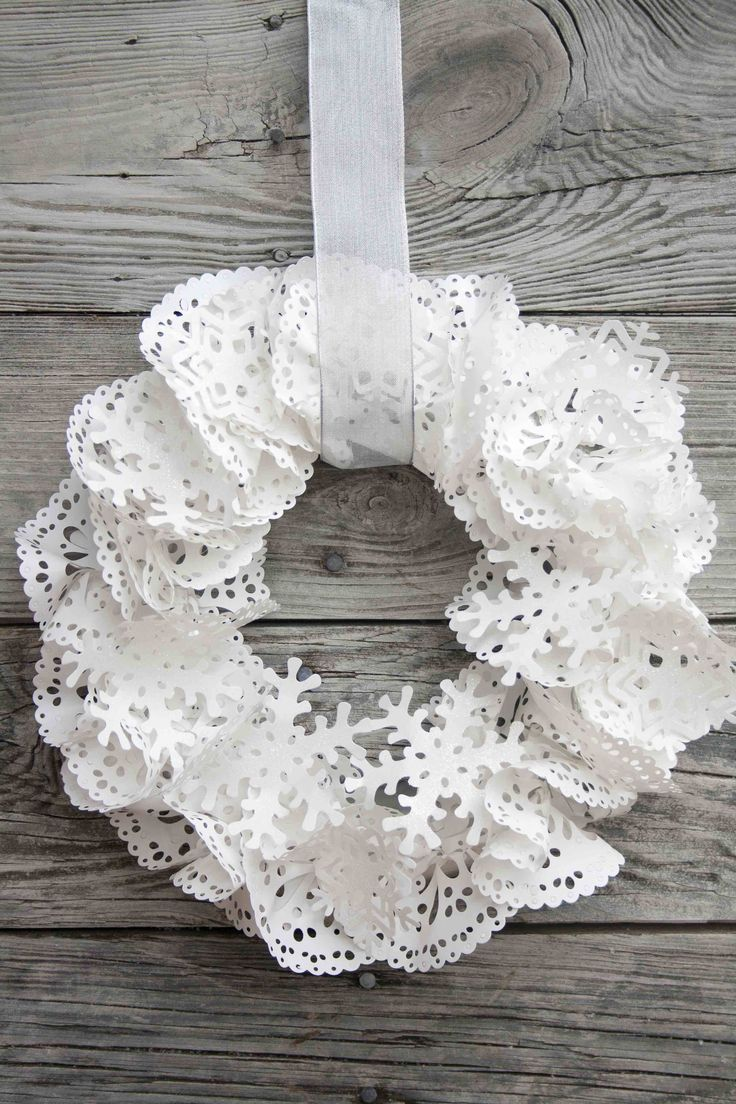 Lacey Snow White Wreath - Doilies and Snowflakes from Lifestyle Crafts Blog
