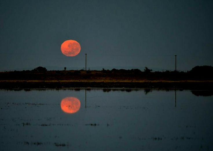 Full moon setting Fri 13