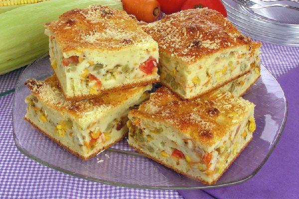 A Torta de Legumes de Liquidificador é prática, deliciosa e perfeita para o lanche da sua família. Experimente! Veja Também: Torta de Liquidificador Salgad