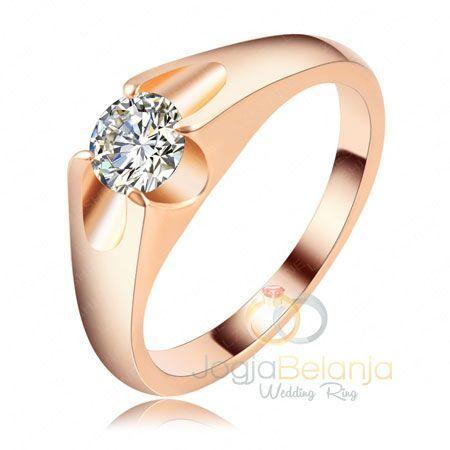 Desain populer cincin pernikahan pasangan wanita dalam balutam lapis rhodium warna goldrose dalam seri Cincin Pernikahan Zahwa. Bahan perak yang telah dilapis dan difinising kilap semakin mempesona dengan desainnya yang khas cincin emas. Penambahan batu zircon memberikan nuansa mewah klasik pada cincin berbahan perak 925 ini. Dengan performanya yang dimiliki, cincin Zahwa ini pas untuk...  Read more »