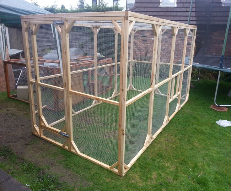 The best quality Wooden Aviaries, Bird Aviaries, Chicken Runs made in the UK by Boyle's Pet Housing.