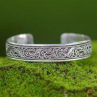 Sterling silver cuff bracelet, 'Fern Ribbon'