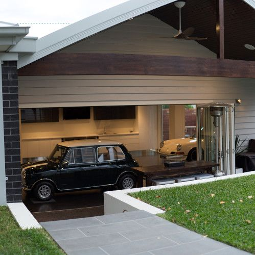 32 best images about houses with big garages to buy on for Big garage for rent
