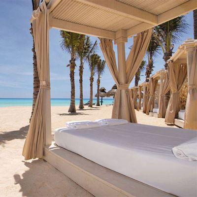 All Inclusive Omni Cancun Resort. Price is per room for entire stay, not per night, not per person. Discover beautiful Cancun Mexico