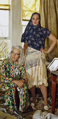 Jessica Lange and Drew Barrymore as Big Edie and Little Edie. 'Grey Gardens' (2009). Costume Designer: Catherine Marie Thomas