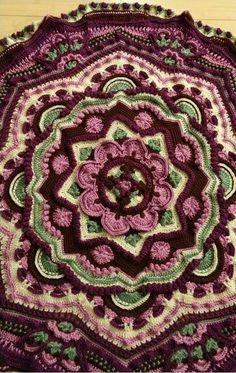 Mandala Madness - Free Pattern on Ravelry this one by K. Reynolds