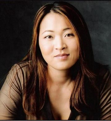 Suzy Nakamura - Carrie Turner. Episode: The Death of the Queen Bee, season 5