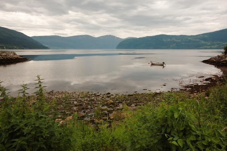 Η λίμνη