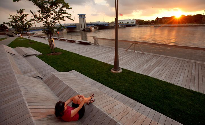 Urban landscape architecture design - Stoss Landscape Urbanism - The City Deck in Green Bay, WI - winner of the Landscape Architecture award @ the 2012 US National Design Awards