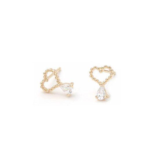 14k Gold heart earrings, wedding invitation,gold earrings for women, invitation, tiny earrings,minimal earrings,gold ball earrings,vtrear-10
