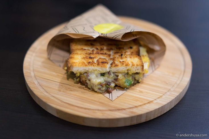 Can you dig melted cheese? Then you cannot miss the toast restaurant Melt Grilled Cheese at Sirkus Shopping in Trondheim.