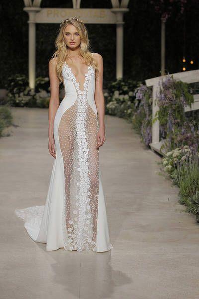 vestidos de novia pronovias 2019: tendencias y diseños mágicos en el