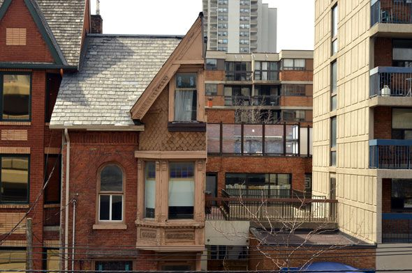 Where did the rest of this house on St. Patrick Street go in Toronto?