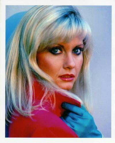 .Olivia Newton-John - If you have any images you wish to submit email to tastefulimagesnz@gmail.com