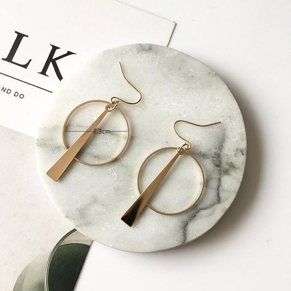 Earrings | Long Earrings Shell| Mini Joker Online Jewelry Store #Earrings #EarringsForWomen #minijoker #minijokerstore #outfitideas #womensfashion #fashion