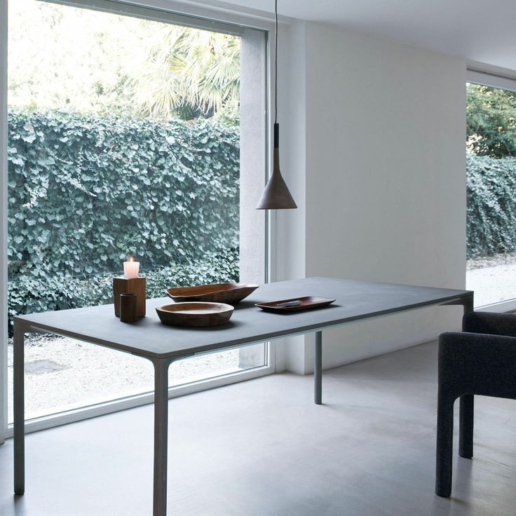 Boiacca Concrete Dining Table | Kristalia | AmbienteDirect.com
