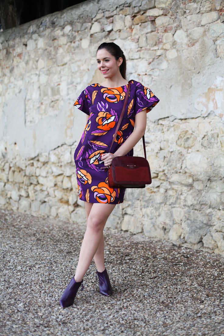 Fashion outfit | Spring look | Colorful dress Parosh | Brown bag The bridge |  www.ireneccloset.com