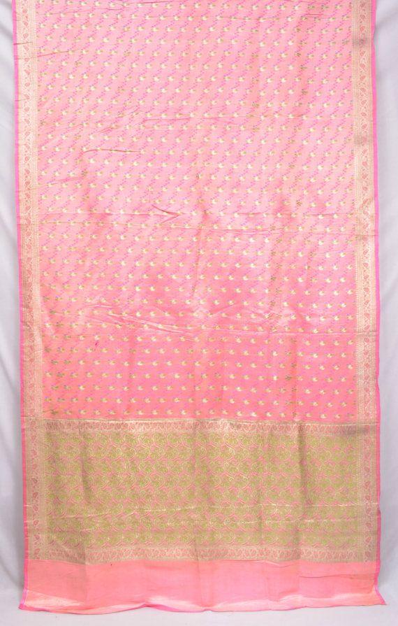 Heavy Pure Silk Zari Paisley Pink Vintage Indian by EtKrafts