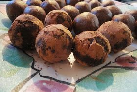 :Teresa.and.Marcus: : Paleo Protein Chocolate Bliss Balls
