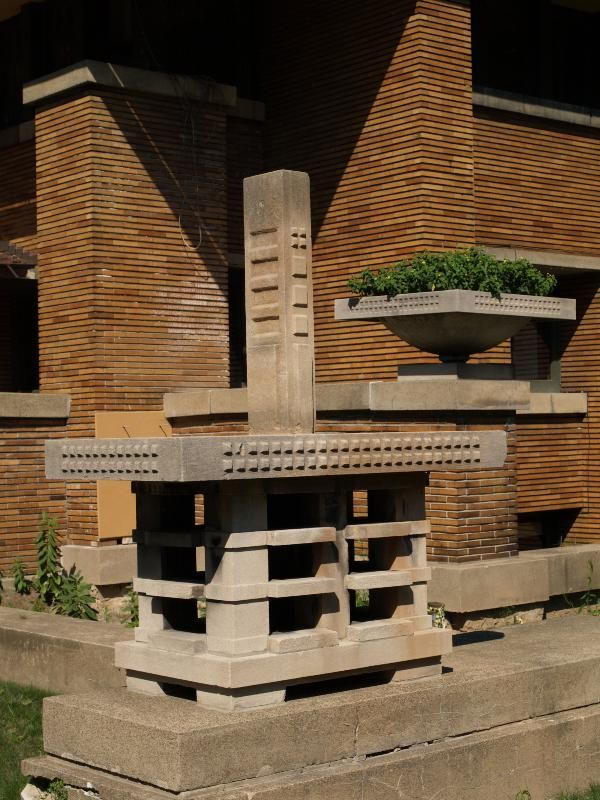 Frank Lloyd Wright. 1903-5. Buffalo,