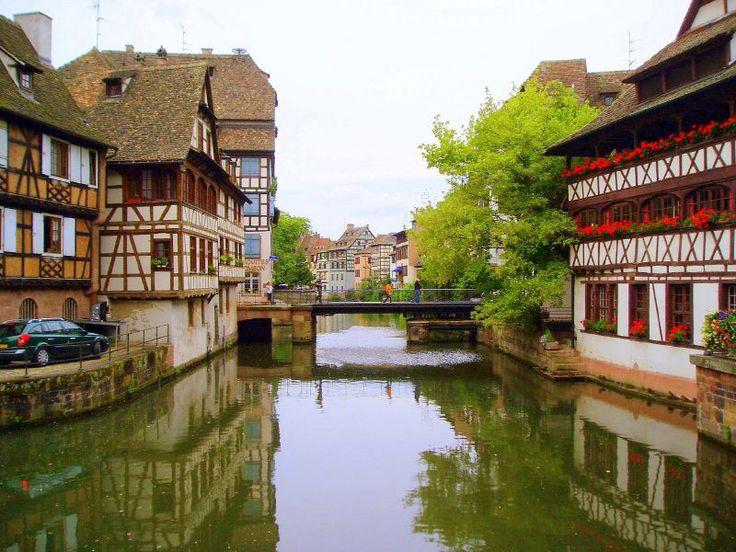 Strasburgo, la Petite France e lorologio astronomico