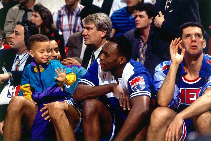 Para coleccionistas: así lanzaba Stephen Curry cuando era un niño #baloncesto baloncesto #kiaenzona #basket #nba #curiosidades