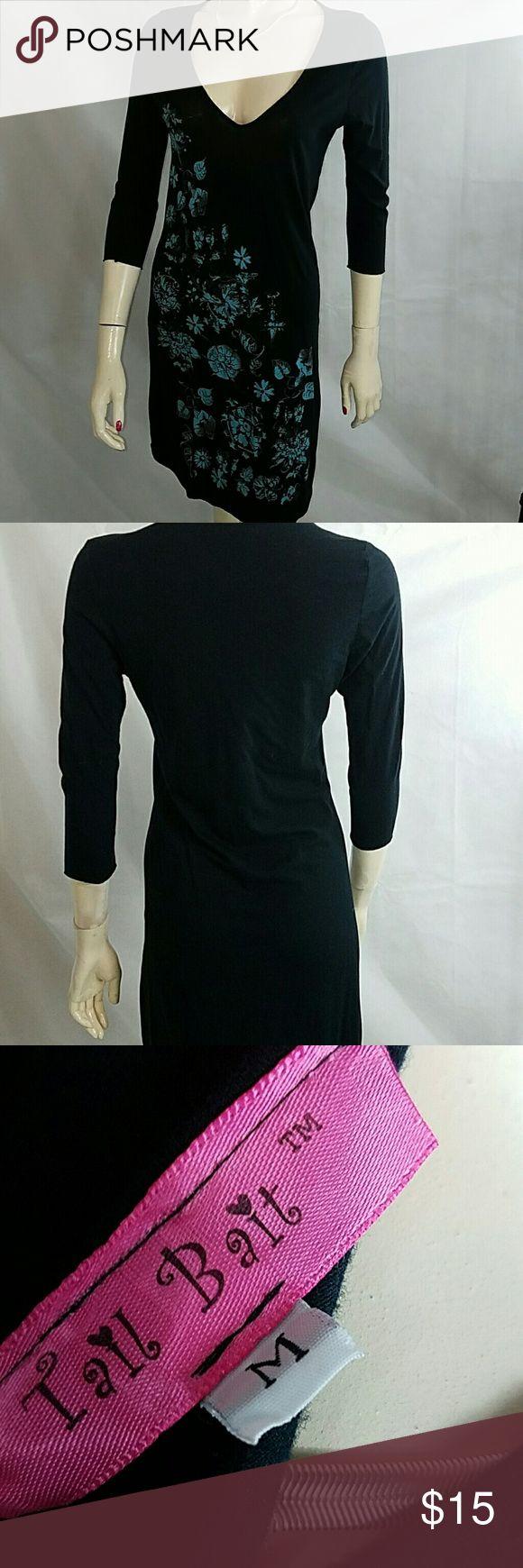 T-shirt dress GUC.  Puts me in mind of the little dresses waitresses wear on vanderpump rules. Dresses Midi