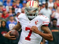 Colin Kaepernick keeps attention away from inept 49ers - NFL.com