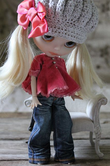 jeans and peasant shirt for Blythe