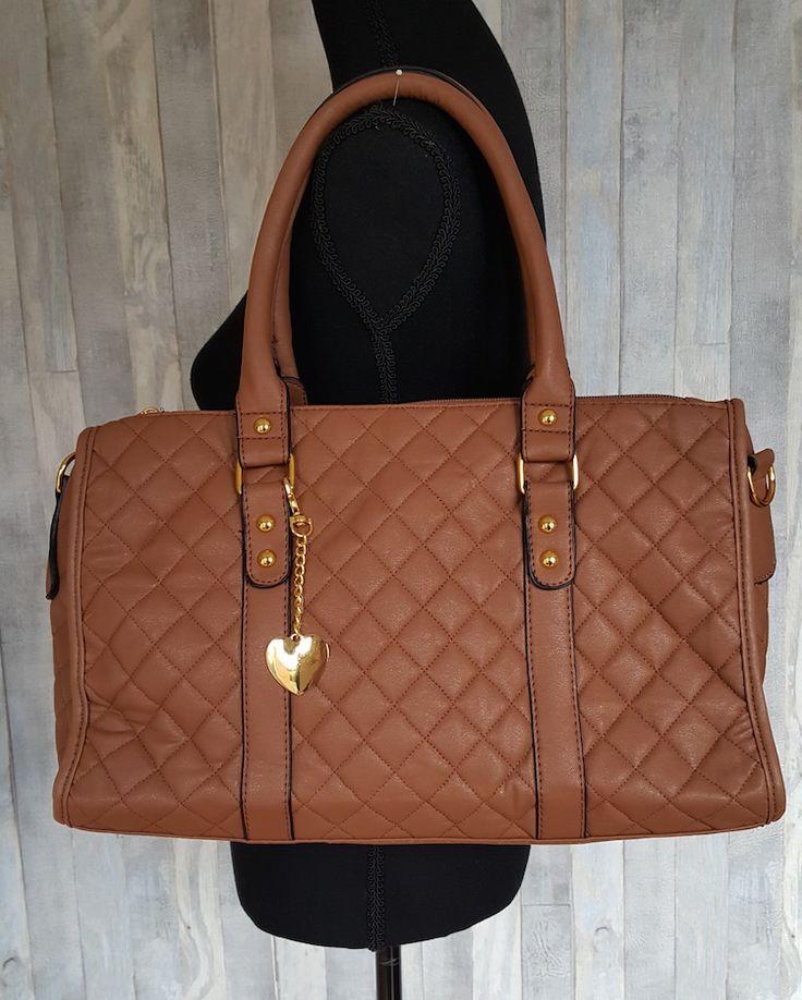 Nieuw binnen! Deze mooie gewatteerde tas in de kleuren bruin en zwart! Scoor hem voor €22,50!
