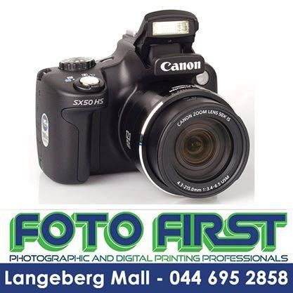 #Canon #Powershot #SX50 Camera kit including a Lowerpro Bag and an 8GB Ultra II memory card. Amazing 50x Wide Optical Zoom (24 - 1200mm). Now available at Fotofirst Mosselbay, conveniently located at the Langeberg Mall in Mossel Bay. Fantastic Father's Day gift. #fathersday