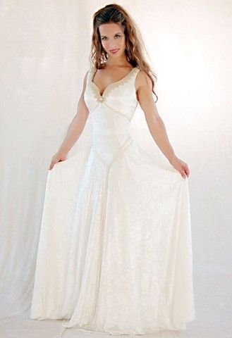 Best 25 celtic wedding dresses ideas on pinterest for Plus size celtic wedding dresses