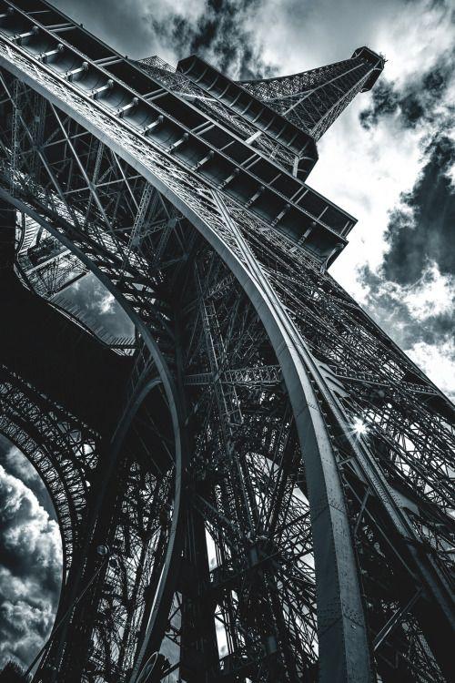 captvinvanity: Tour Eiffel |Colin Saks