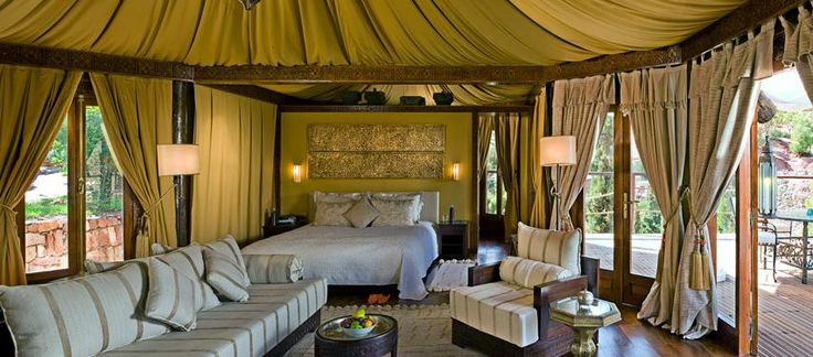 African Safari Style Designs Camera da letto - SweetyDesign. Casa di design, design hotel, case celebrità