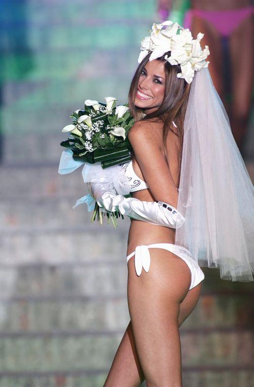 Model in a Bikini Beach Wedding Dress - http://casualweddingdresses.net/beach-wedding-why-or-why-not/