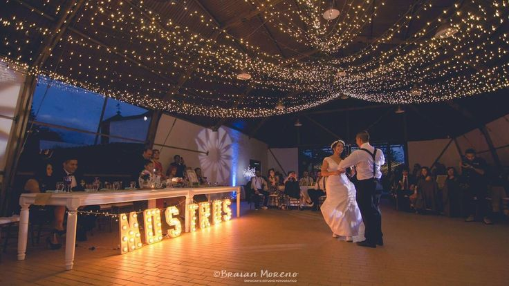 #Wedding reception with magic lights. #Recepción mágica de boda.