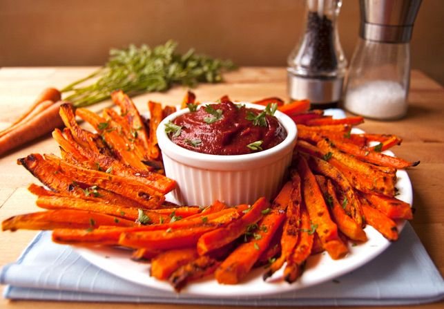Baked carrot fries - With these guilt-free, vitamin-packed fries there is no need to sacrifice flavor for healthiness!