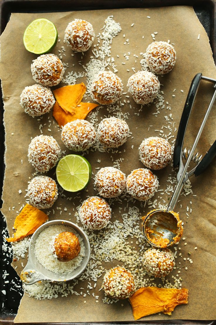 AMAZING naturally sweet Dried Mango ENERGY BITES! 6 ingredients, fiber and protein rich, SO delicious!