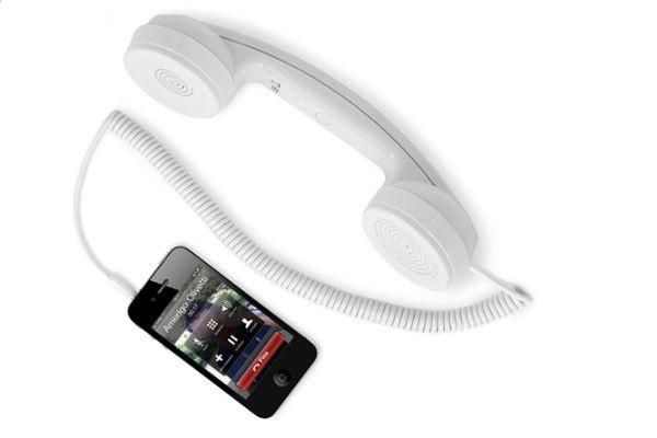 Hi-Ring, la cornetta vintage di hi-Fun per lo smartphone