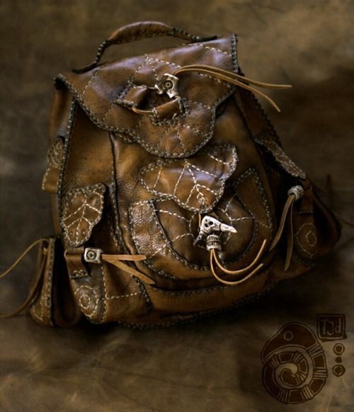 This is exactly what I imagine one of the Elves' bags looking like...